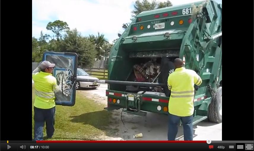 Sex in garbage trucks