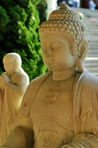 Buddha_image_-_stone_-_with_disciple