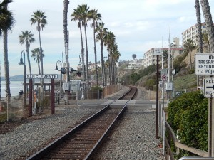 Amtrak_route_along_San_Clemente,_CA,_beach_DSCN0040
