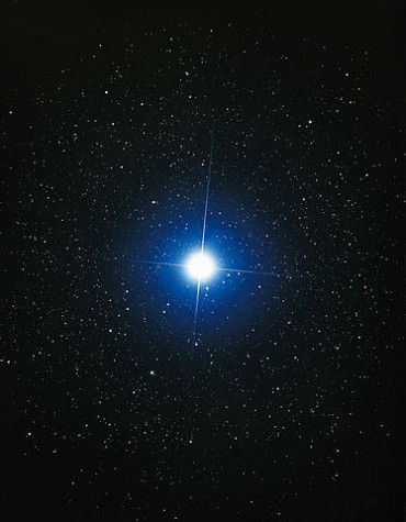 374px-Close-up_of_Sirius