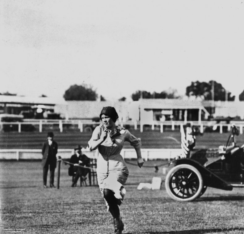 StateLibQld_1_141947_Female_athlete_competing_in_the_Motor_Sports_Carnival_in_Brisbane,_Queensland,_1914