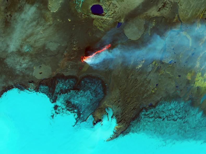 Holuhraun from space Landsat8 on 6 Sept via Earth Observatory
