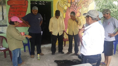 Farmers gather at the Lombricultura training