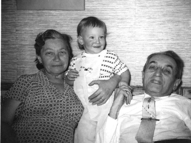 robin with grandparents