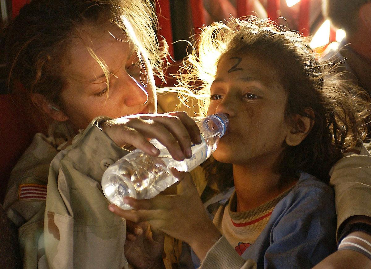 1200px-Humanitarian_aid_OCPA-2005-10-28-090517a